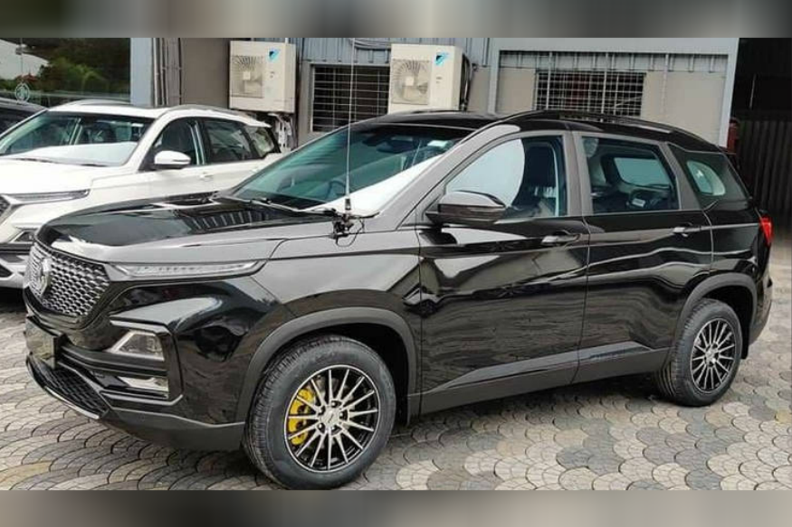 Customised MG Hector With All-Black Wrap Looks Extremely Classy