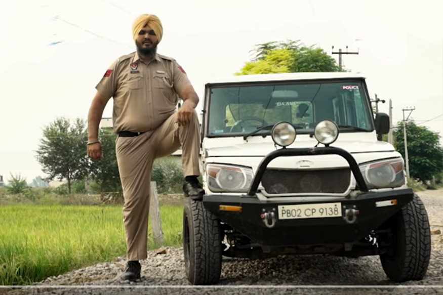 India's Tallest Cop Modifies Mahindra Bolero to Fit in, SUV Still Appears Tiny: Watch Video