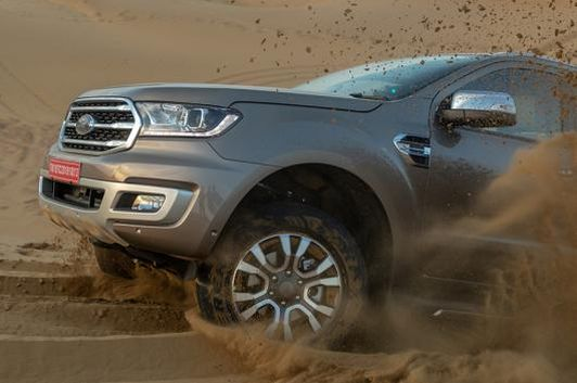 Ford-Endeavour-7
