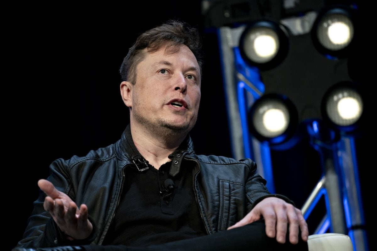Elon Musk Worries SpaceX Won