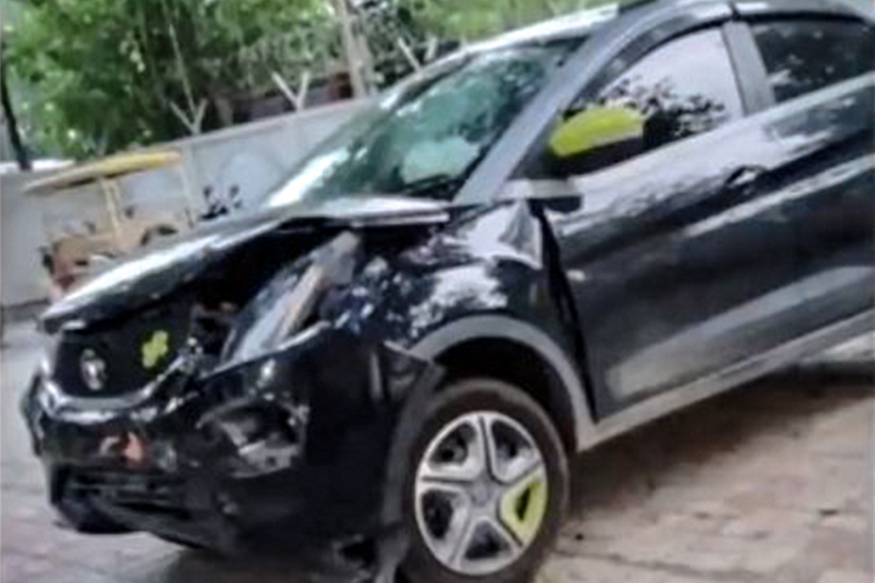 Five-Star Safety Rated Tata Nexon Crashes With Toyota Fortuner, Passengers Escape Unhurt