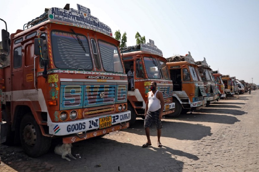Truck Drivers Demand Relief Package as COVID-19 Lockdown Leaves Them in a Limbo