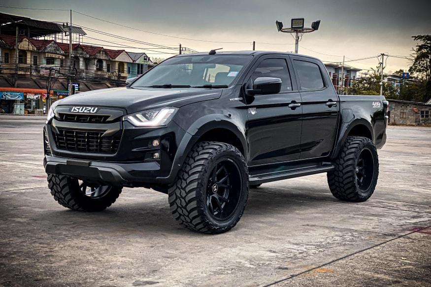 Modified Isuzu D-Max.
